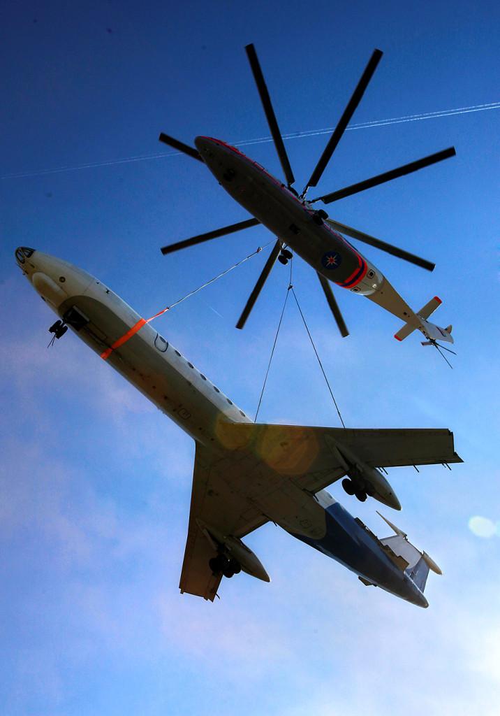 APTOPIX EU Russia Airlifting
